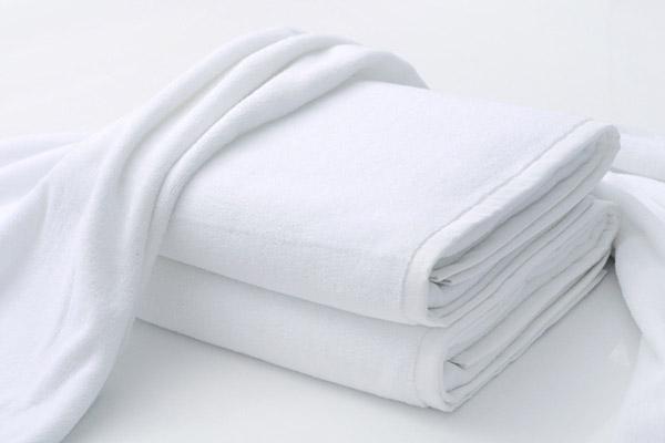 Lựa chọn loại khăn tắm mềm mại để quấn quanh người