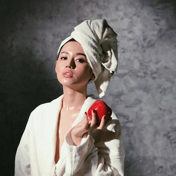 Khoác áo choàng tắm có nhiều công dụng nổi bật