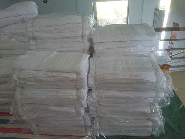 Khăn được bán theo kg có chất lượng kém