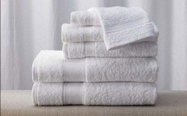 5 dấu hiệu nhận biết khăn tắm khách sạn chất lượng kém, không nên dùng