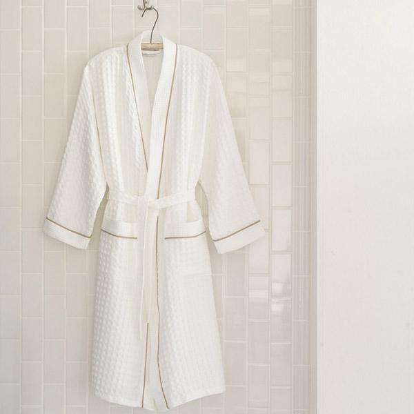 Sản phẩm áo choàng tắm của có chất liệu cotton cao cấp