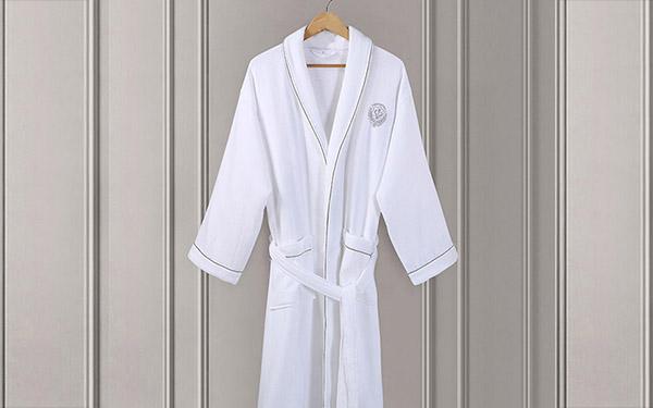 Mua áo choàng tắm ở đâu tốt nhất hiện nay?