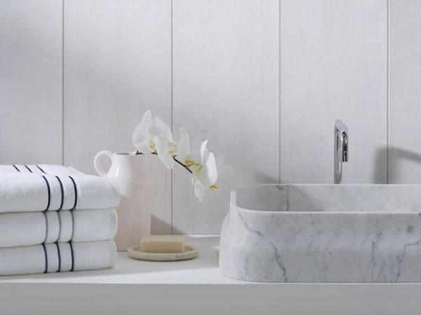 Mỗi khách sạn sẽ có cách chọn khăn tắm riêng để phù hợp với không gian phòng tắm