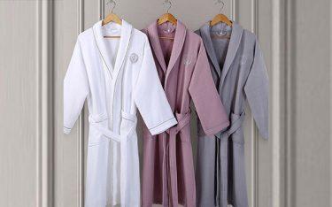 Thực hư việc chỉ có khách sạn 5 sao trang bị áo choàng tắm?