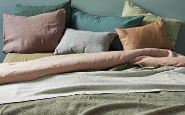 Vải đũi là gì? Chăn ga gối làm từ vải đũi có tốt không?