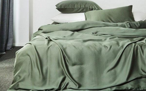 Vải lụa là gì? Lý do chăn ga gối làm từ vải lụa được ưa chuộng