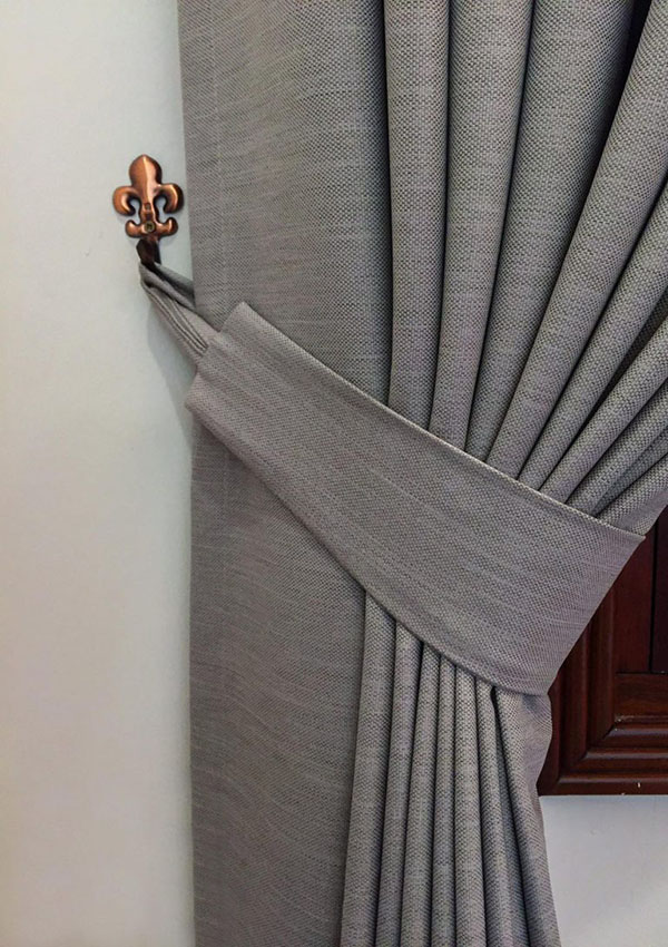 Hình ảnh một sản phẩm rèm cửa được làm từ vải thô