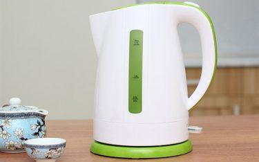 Ấm đun nước siêu tốc loại nào tốt hợp để sử dụng trong khách sạn?