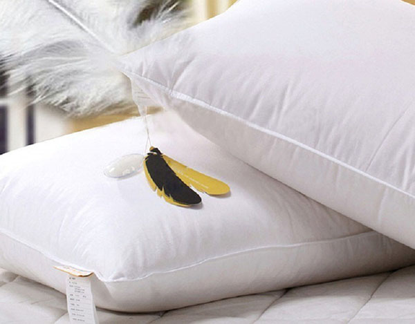 Ruột gối lông vũ tuy là chất lượng cao nhưng tuổi thọ lại ngắn nhất