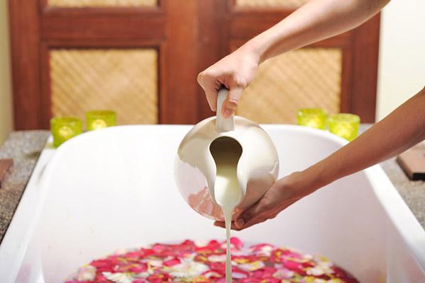 Dịch vụ tắm cho khách gây nhiều bất tiện thay vì thoải mái