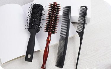 Điểm danh các loại lược chải tóc được sử dụng phổ biến hiện nay