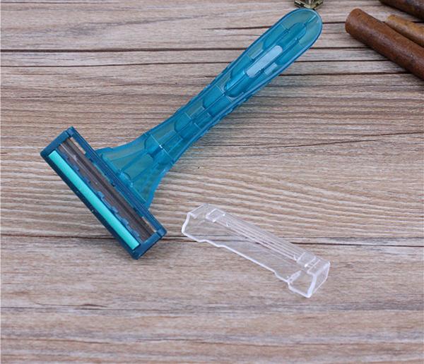 Nên lựa chọn các loại dao cạo râu uy tín, đảm bảo chất lượng để đảm bảo an toàn, tránh trầy xước da và lây bệnh