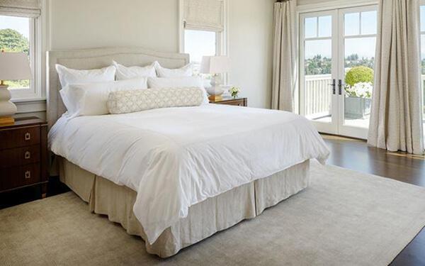 Khách sạn nên trang bị ga giường nhập khẩu hay ga giường trong nước?