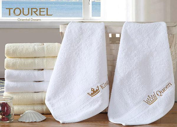In logo lên khăn tắm, khăn mặt khách sạn là một cách quảng bá thương hiệu hữu ích