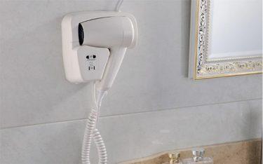 Vì sao các khách sạn nên trang bị máy sấy tóc gắn tường?