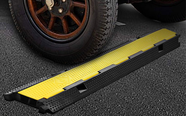 Thiết bị đàn hồi tốt cho các tuyến đường có xe tải thường xuyên lưu thông