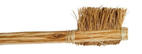Bàn chải người cổ xưa dùng để chải răng