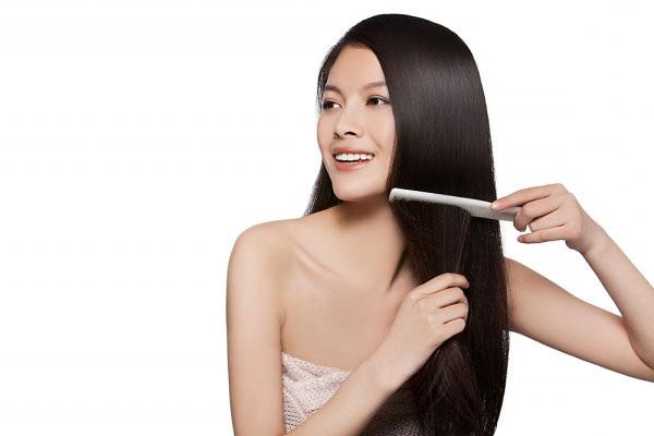 Lược răng nhỏ chuyên dùng cho tóc thẳng
