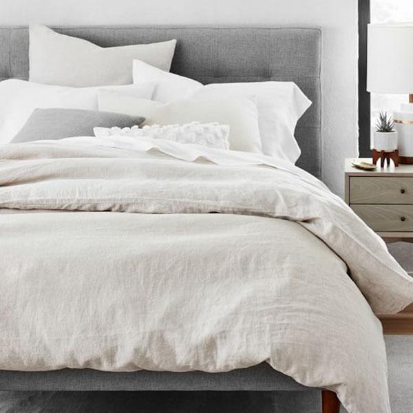 Ga giường được may từ chất liệu linen rất mềm mịn và nhẹ nhàng