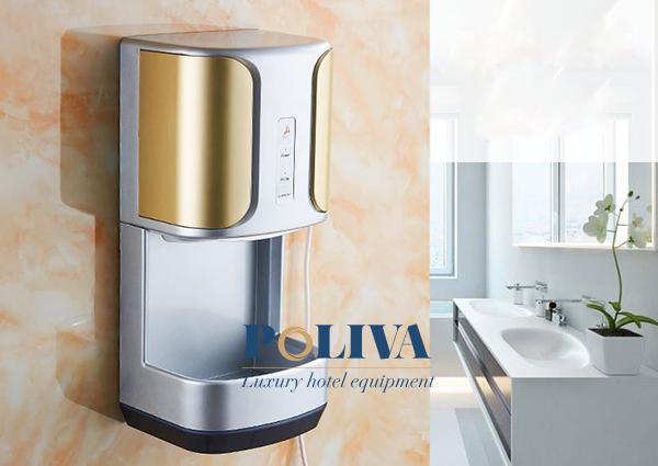 Máy sấy tay tốt hơn, tiết kiệm hơn việc dùng khăn giấy