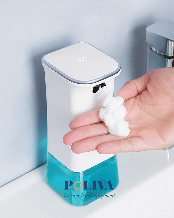 Sở hữu những chiếc bình đựng gel ở nơi làm việc thể hiện sự chuyên nghiệp và chu đáo