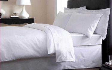 Tiết lộ các bí mật chăn ga gối khách sạn khiến khách thuê bất ngờ