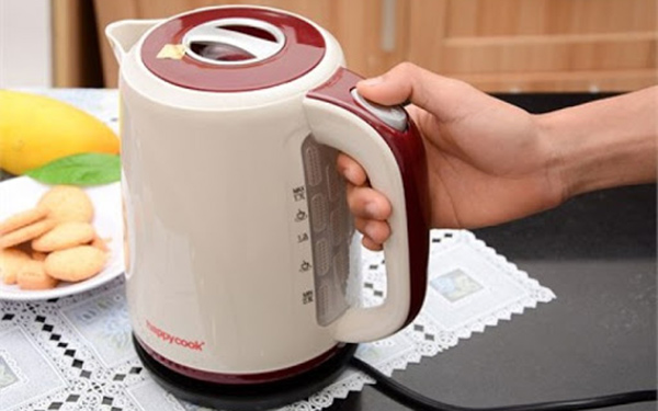 4 cách khử mùi nhựa mới trên ấm siêu tốc: Nhanh gọn, hiệu quả