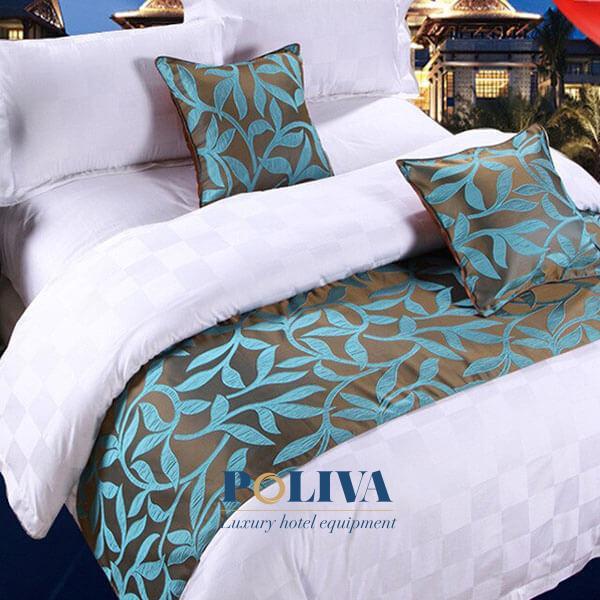 Loại vải này may tấm trải ngang giường tạo không gian căn phòng trở nên sang trọng