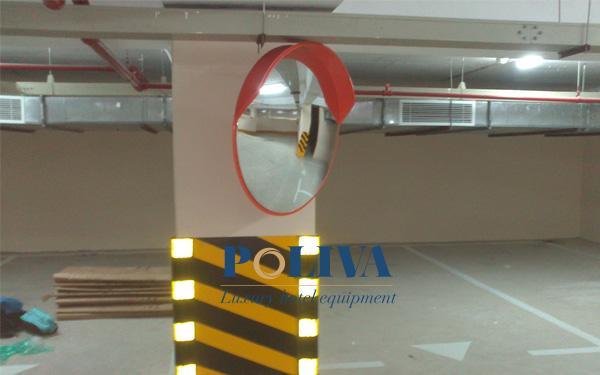 Gương cầu lồi lắp đặt trong tầng hầm