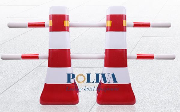 Mẫu cọc tiêu này thường được sử dụng làm rào chắn trong các công trình đang được sửa chữa