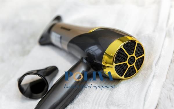 Nên sấy tóc nóng hay lạnh? 5 thói quen dùng máy sấy tóc tốt nên đút túi