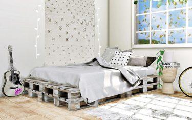 Homestay nên sử dụng giường pallet gỗ, kim loại hay giường pallet nhựa?