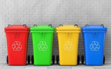 Thùng rác nhựa HDPE và nhựa Composite: Loại nào tốt hơn?