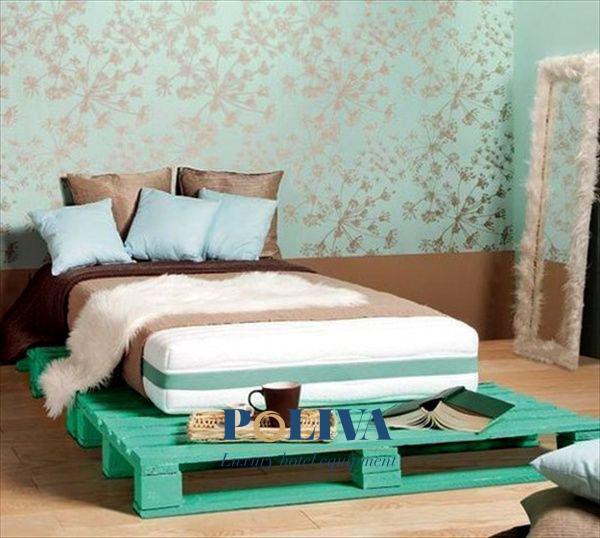 Những chiếc giường màu sắc sẽ tạo điểm nhấn cho căn phòng