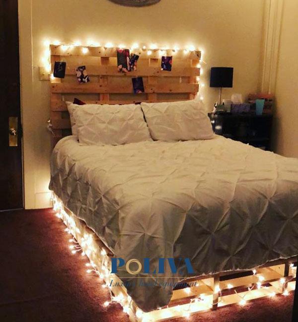 Tận dụng trang trí giường ngủ bằng dây đèn sẽ thay thế cho đèn ngủ