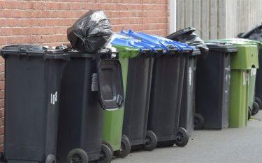 Vấn đề thùng rác công cộng: Khó lắp đặt, sử dụng chưa hiêu quả