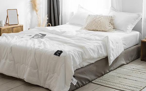 Vải linen là gì? Vải linen trắng may ga giường khách sạn có tốt không?