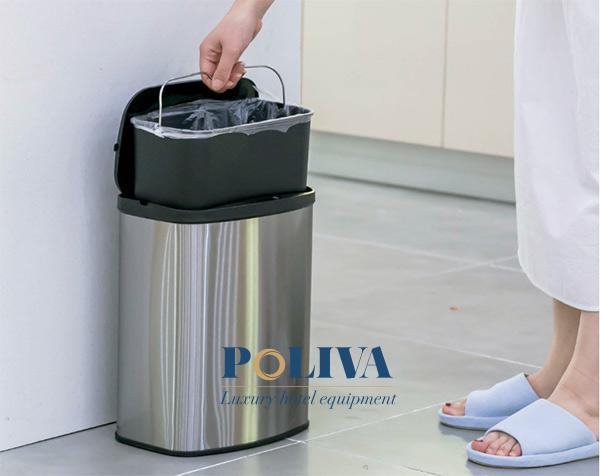 Thùng rác tự động cũng có kết cấu khá giống thùng rác thông thường