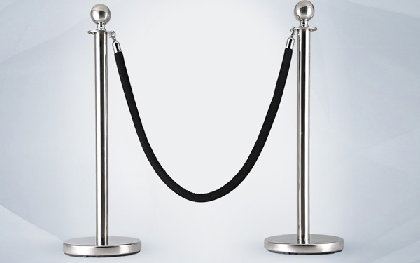 Cột chắn inox là thiết bị được sử dụng phổ biến hiện nay