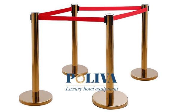Poliva cung cấp cột chắn inox cho sân bay chất lượng và giá thành cạnh tranh