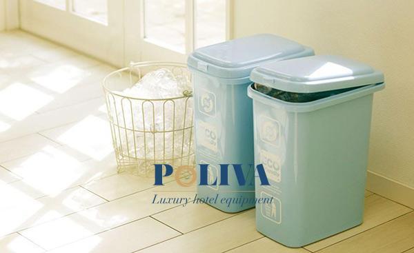 Nên đặt thùng rác ở góc khuất