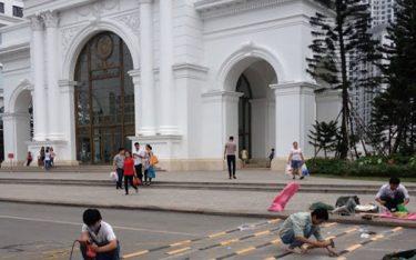 Gờ giảm tốc Poliva đảm bảo an toàn giao thông tại Royal City