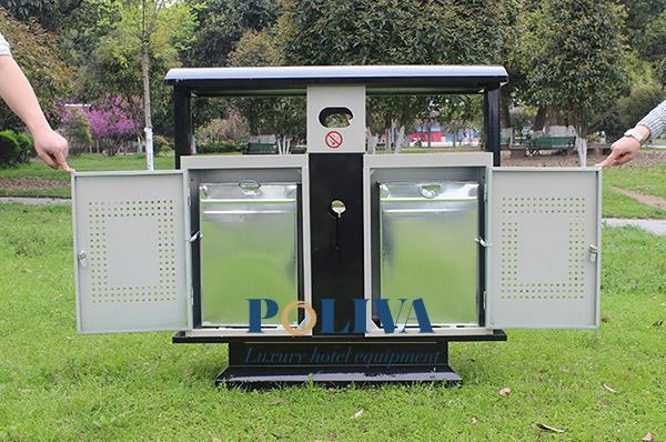 Thùng rác hai ngăn có cửa chắc chắn, 2 ngăn phân loại và xử lý rác dễ dàng