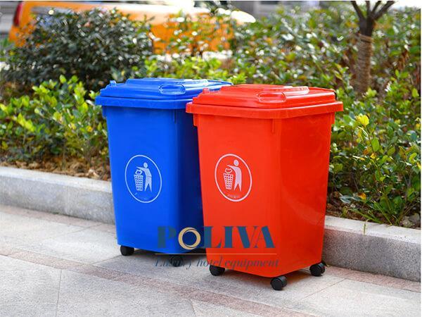 Thùng rác công cộng 60 lít 4 bánh xe
