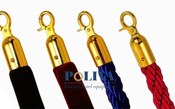 Các dây nhung nhiều màu là phụ kiện cột chắn inox quan trọng