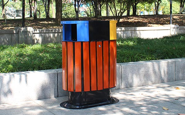 Thùng rác công cộng là gì? Lợi ích của thùng rác công cộng mang lại