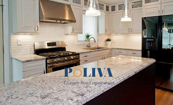 Mặt bàn bếp làm từ đá hoa cương