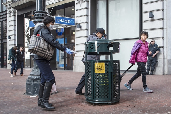 khoảng cách đặt thùng rác công cộng