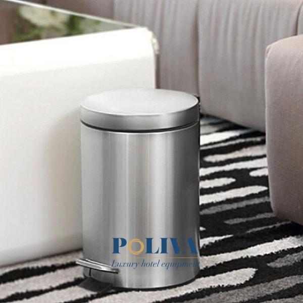 Thùng rác Inox đạp chân là lựa chọn hàng đầu khi chọn lựa thùng rác trang bị trong phòng