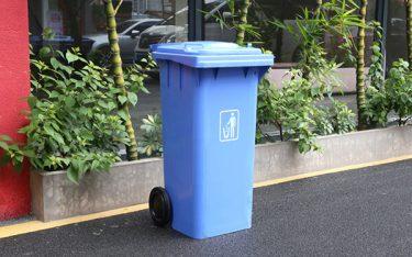 Tổng hợp các mẫu thùng rác sinh hoạt phổ biến hiện nay